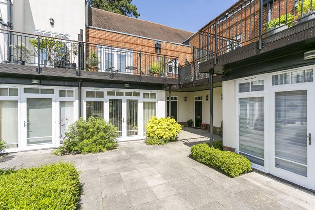 Thumbnail Mews house for sale in St. Leonards Street, West Malling