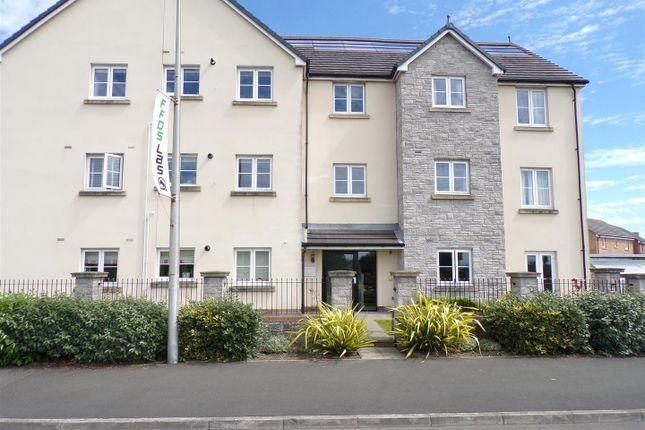 Thumbnail Flat to rent in Rhodfa'r Ceffyl, Carway, Kidwelly