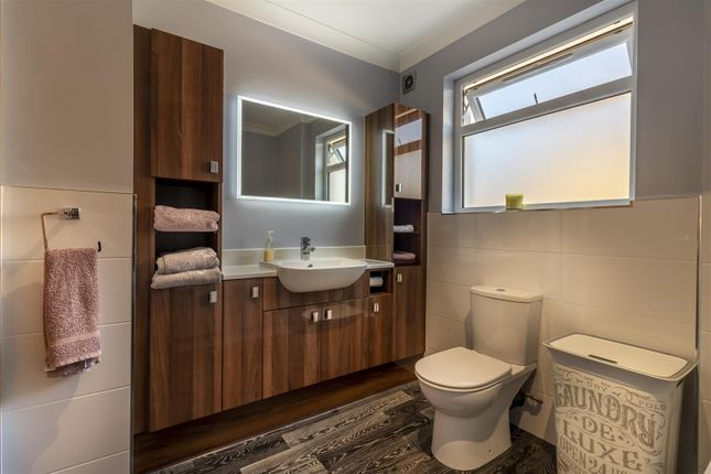 Bathroom of Wood View, Woodside, Grays RM16