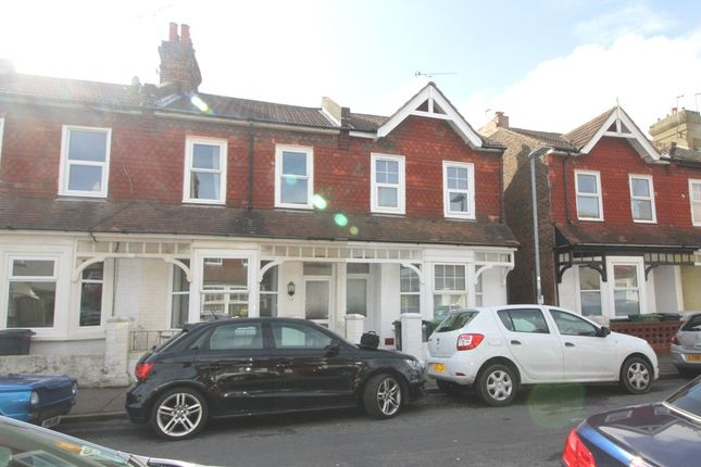 2 bed end terrace house to rent in Winchome Road, Eastbourne
