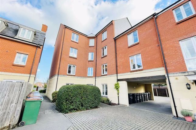 2 bed flat for sale in Turners Court, Melksham SN12