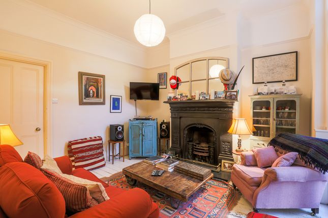Thumbnail Flat to rent in Bushey Hill Road, London