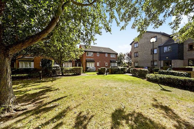 Thumbnail Property for sale in Firs Close, Mitcham