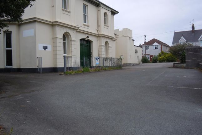 Thumbnail Shared accommodation to rent in Outland Road, Plymouth