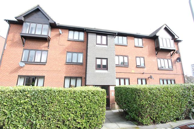 Thumbnail Flat for sale in Capel Court, Melvin Road, London