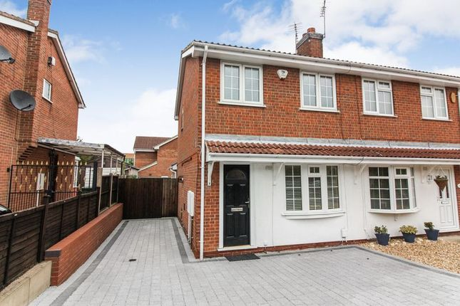 Thumbnail Semi-detached house to rent in Linnet Drive, Mansfield