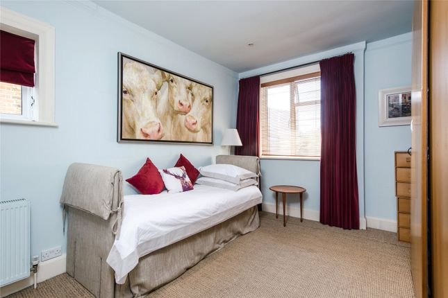 Bedroom of Courthope Road, Wimbledon, London SW19