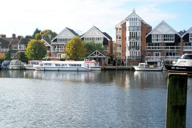 Thumbnail Flat to rent in Boathouse Reach, Meadow Road, Henley