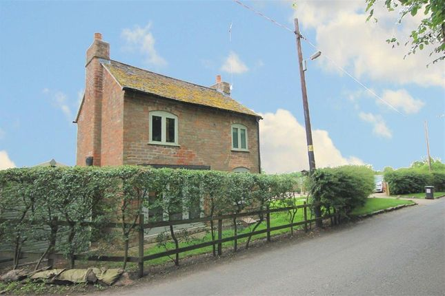 Thumbnail Cottage to rent in Rectory Lane, Appleby Magna, Swadlincote, Derbyshire
