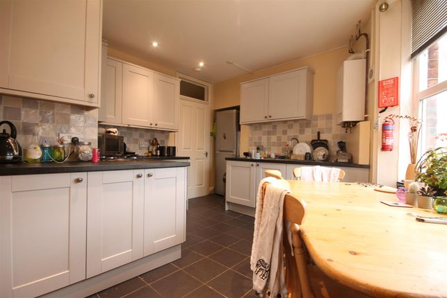 Thumbnail Maisonette to rent in Second Avenue, Heaton, Newcastle Upon Tyne