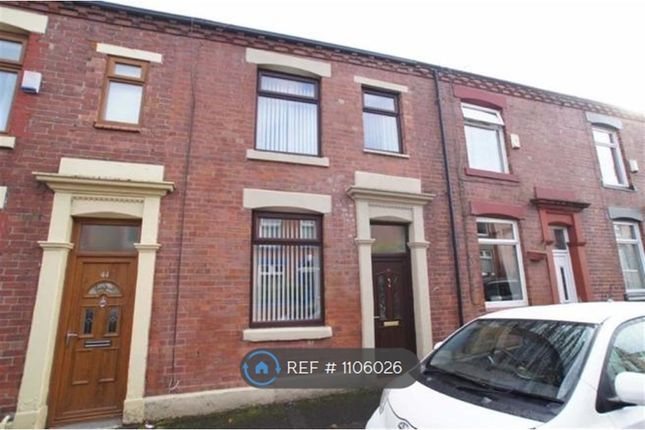 2 bed terraced house to rent in Brunswick Street, Shaw, Oldham OL2