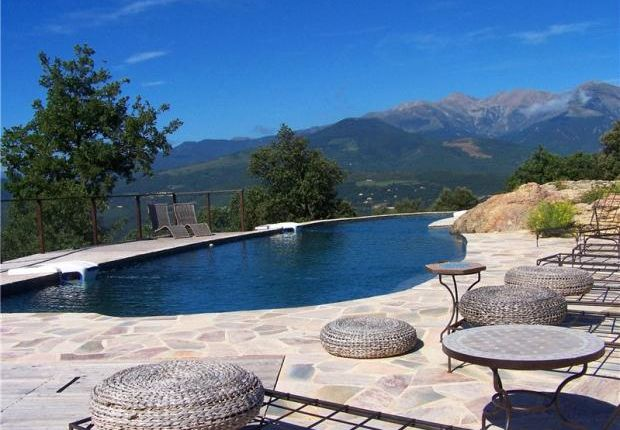 11 bed country house for sale in Can Rigall, 66150 Arles, France