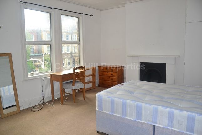 Property to rent in The Avenue, West Ealing, Greater London.