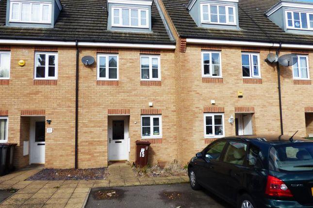 Thumbnail Property for sale in Eaton Way, Borehamwood