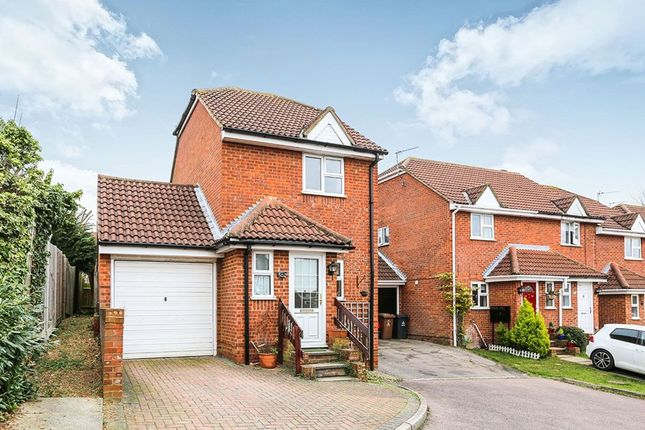 Thumbnail Detached house to rent in Conifer Walk, Stevenage