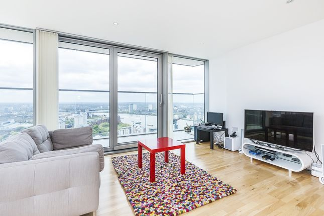 2 bed flat to rent in Marsh Wall, London
