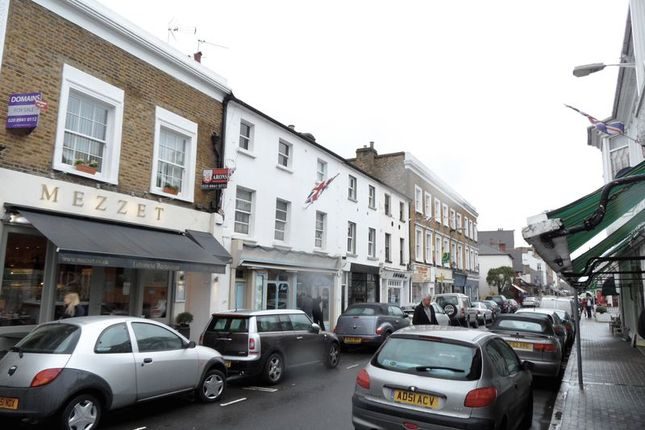 Thumbnail Flat to rent in Bridge Road, East Molesey