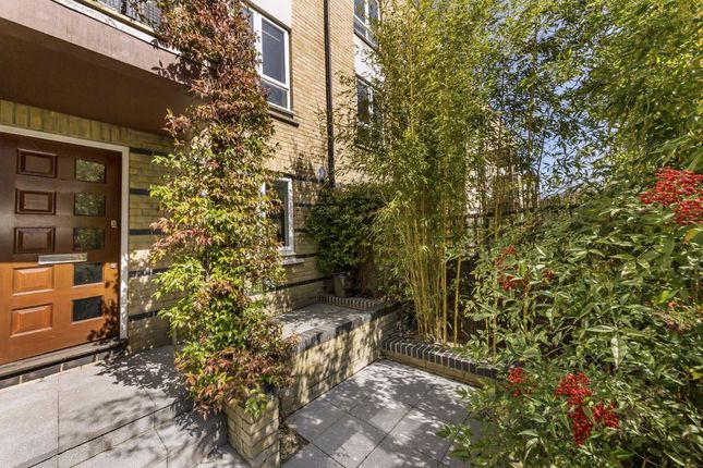 Thumbnail Semi-detached house to rent in St. Davids Square, London