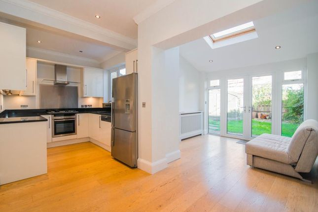 Thumbnail Terraced house to rent in Graemesdyke Avenue, London
