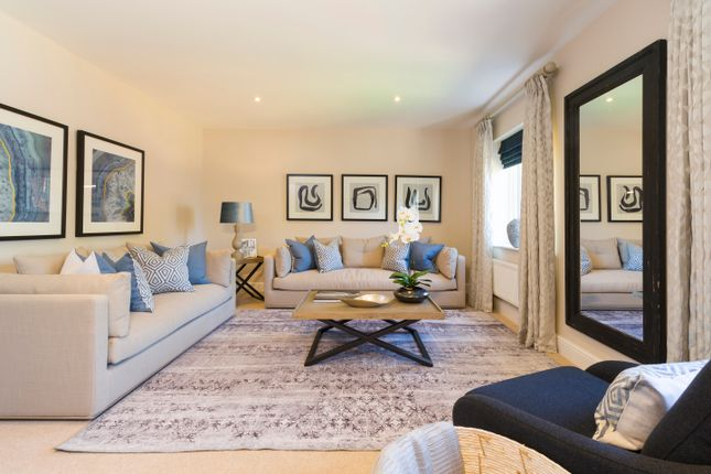 Thumbnail 4 bed semi-detached house for sale in 27 Albertine Grove, Bromley