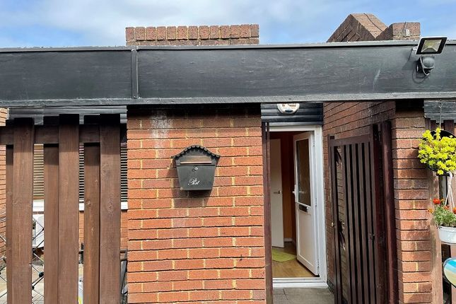 Thumbnail Flat to rent in Burnt Oak Broadway, Edgware, Greater London.