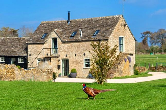 Thumbnail Barn conversion to rent in Turville Barns, Eastleach, Cirencester
