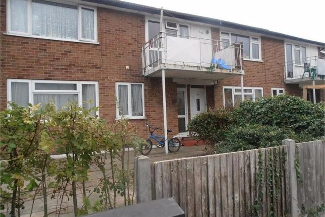 Thumbnail Maisonette to rent in White Hart Lane, Romford