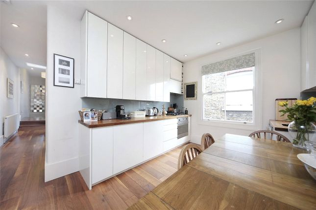 Thumbnail Flat to rent in Wix's Lane, Battersea, London