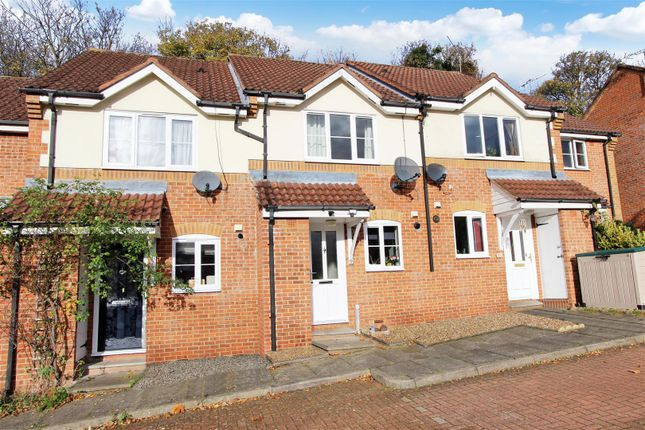 Thumbnail Terraced house to rent in Little Mimms, Old Town Borders, Hemel Hempstead
