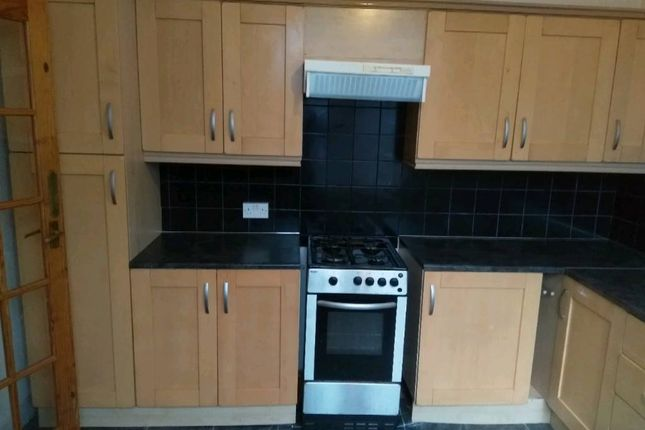 Thumbnail Flat to rent in Rectory Road, Gateshead
