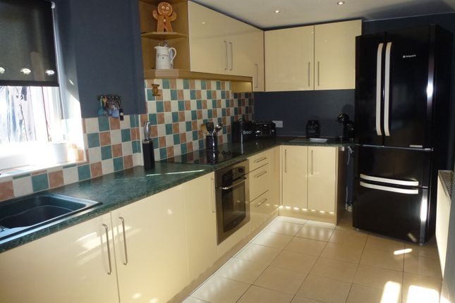 Fitted Kitchen of Leyland Lane, Leyland PR25