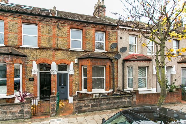 Thumbnail Flat to rent in Eardley Road, London