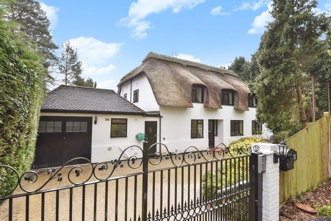 Thumbnail Cottage for sale in Fireball Hill, Sunningdale, Berkshire