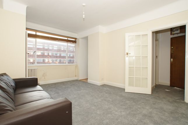 1 bed flat for sale in Balham High Road, Balham