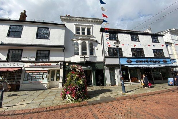 Thumbnail Flat to rent in High Street, Hitchin