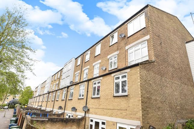 2 bed flat for sale in Headington, Oxford