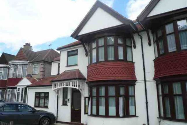 Thumbnail Flat to rent in Northwick Avenue, Kenton, Middlesex