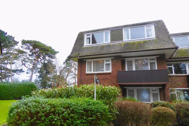 2 bed flat for sale in Redhill Drive, Bournemouth BH10