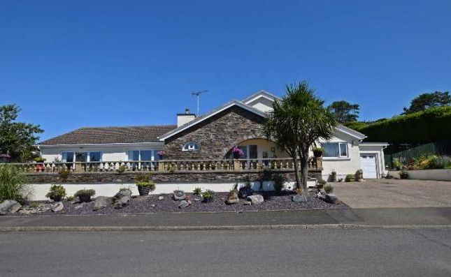 Thumbnail Bungalow for sale in Howe Road, Onchan