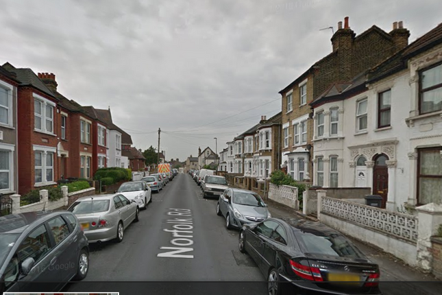 Thumbnail Semi-detached house to rent in Norfolk Road, Thornton Heath