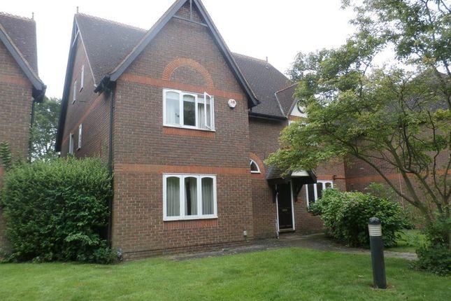 Thumbnail Property to rent in Capstan Close, Cambridge