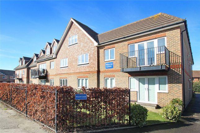 Thumbnail Flat to rent in Woodlands Avenue, Rustington, Littlehampton