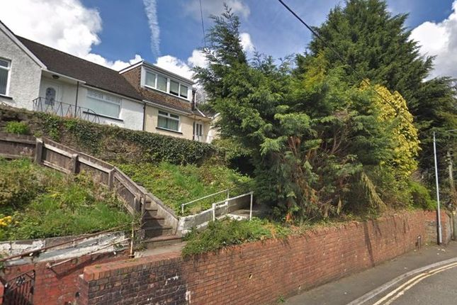 Thumbnail Semi-detached bungalow for sale in Broadway, Pontypool