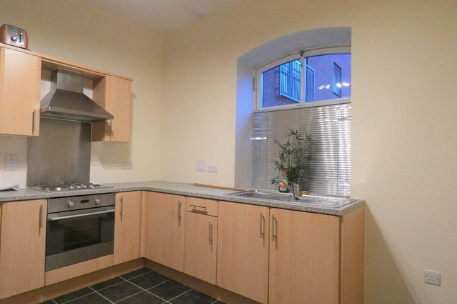 1 bed flat to rent in Hartley Court, Stoke-On-Trent ST4