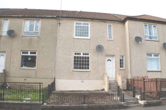 Thumbnail Terraced house to rent in Mchardy Crescent, Barrmill