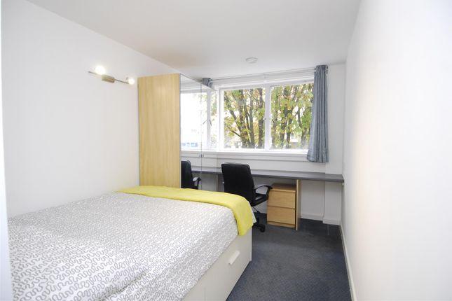 Thumbnail Flat to rent in Armada Way, Flat 1, Plymouth