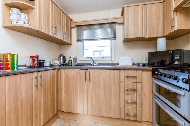 Kitchen of Birdlake Pastures, Billing Aquadrome, Northampton, Northamptonshire NN3