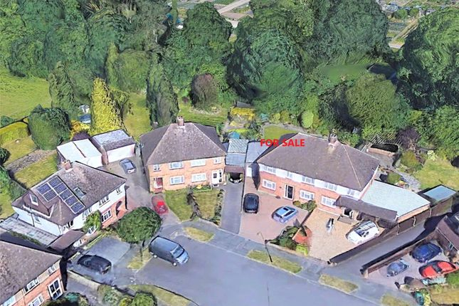 Aerial View of Orchard Avenue, Watford WD25