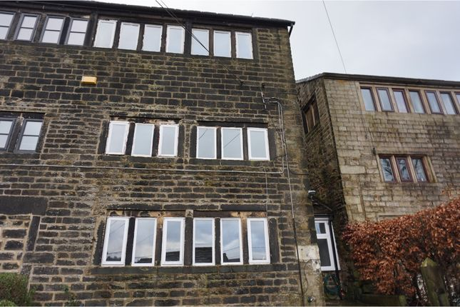 Thumbnail Property for sale in Ball Grove, Uppermill, Saddleworth