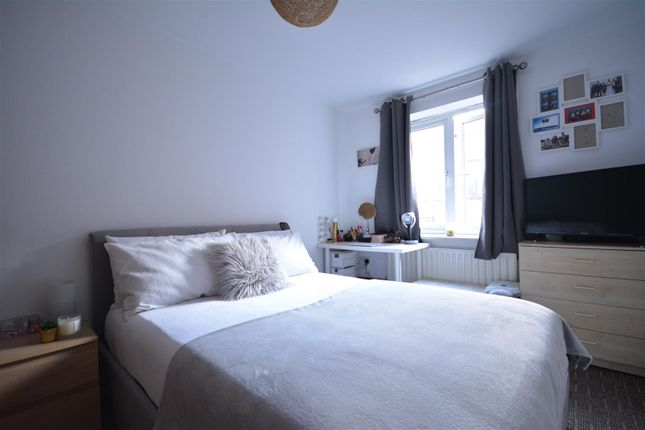 Bedroom Two of Cranbrook Street, Nottingham NG1